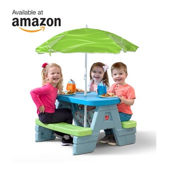 402499 Sun and Shade Kids Picnic Table With Umbrella 001