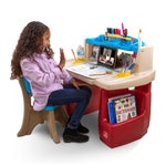 702599 Deluxe Art Master  Desk 001