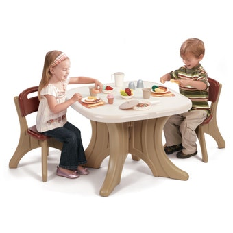 896899 New Traditions Kids Table and Chairs Set 001
